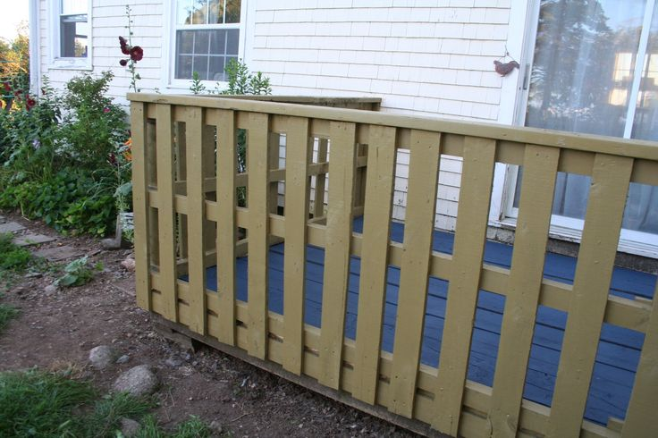 Do It Yourself Home Design: Pallet Deck Rails Thanks To Chris For Finding These Ones
