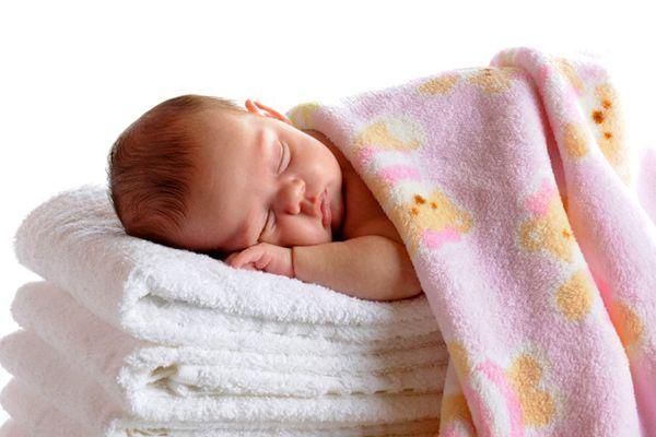Aprenda aqui a fazer um amaciante de roupa caseiro e natural com cheirinho de lavanda!