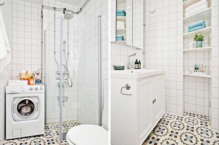 Stilrent badrum med tvättmaskin