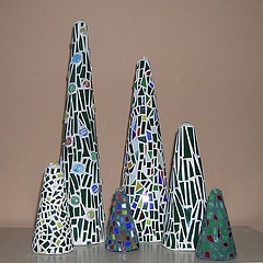 mosaic Christmas tree.. can't wait to make these!!