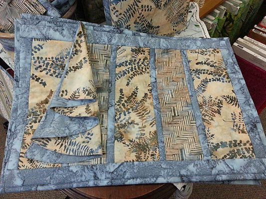 118 best quilt as you go placemats images on Pinterest | Sew ... : quilt as you go placemats - Adamdwight.com