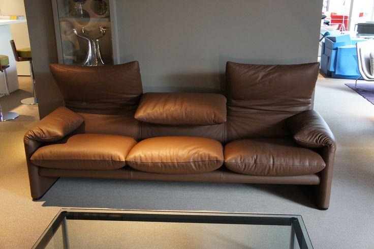 canap maralunga par vico mgistretti de chez cassina. Black Bedroom Furniture Sets. Home Design Ideas