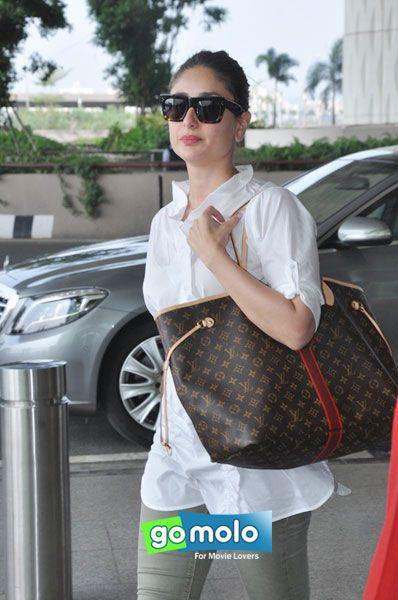 Kareena Kapoor Khan snapped at Mumbai Internationa Airport