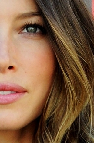 Ombre Highlights: Jessica Beil's Ombre Hair Color - An increasingly popular way to dye your hair, ombre highlights have been spotted on many celebrities. See the pros and cons of Jessica Biel's ombre hair color.