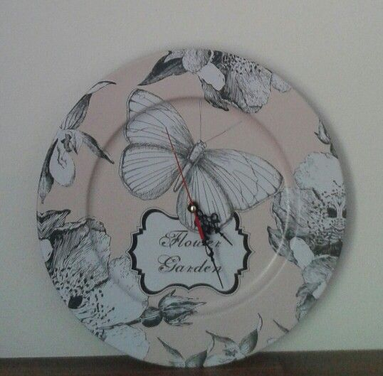 My DIY clock from a tin plate