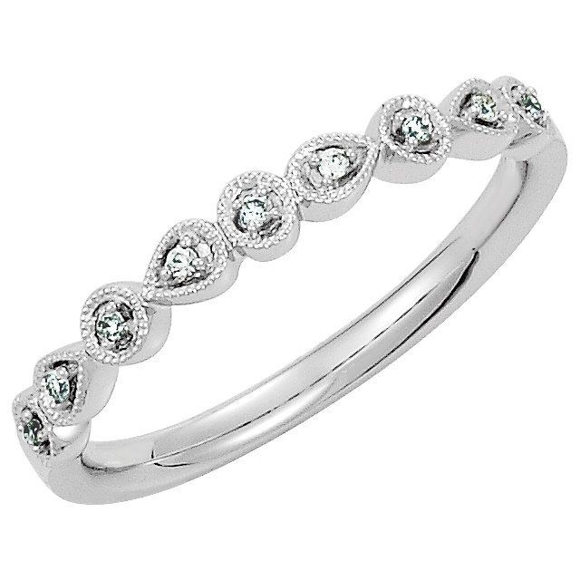 Diamond Stackable Ring: 0.04 carats total weight diamonds, SI2 in clarity and H in color. Great for stacking rings
