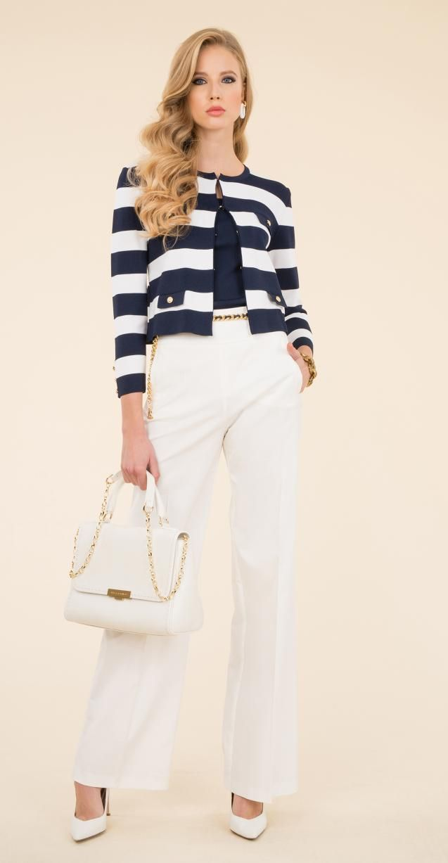 Striped woven jacket, stretch cotton trousers and Illis bag.