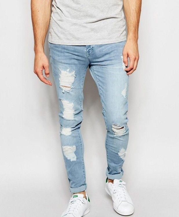 Jeans claros con destroyed
