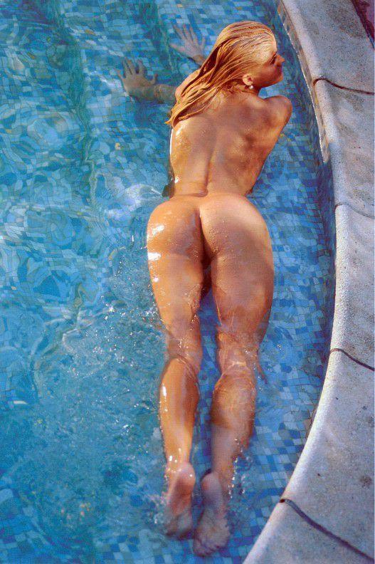 Anna Nicole Smith Naked Butt