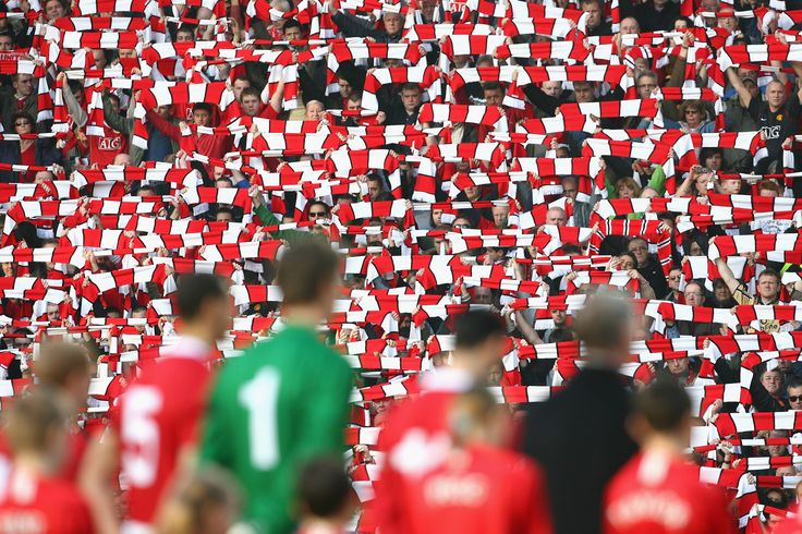 @manutd fans raise their colours to mark the 50th anniversary of the Munich Air Disaster back in 2008.