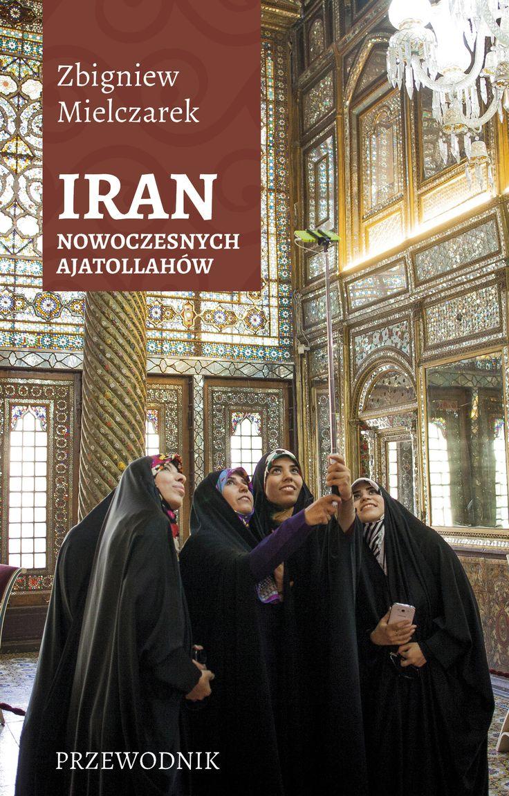 Iran nowoczesnych ajatollahów stanowi zaproszenie do egzotycznego kraju i jest adresowany zarówno do uczestników wycieczek organizowanych przez biura podróży, jak i turystów indywidualnych. Dokładnie opisuje najważniejsze i najciekawsze miejsca.