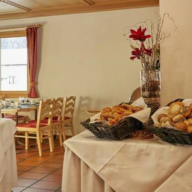 Frühstücksrestaurant - H+ Hotel Sonnwendhof Engelberg - Offizielle Webseite