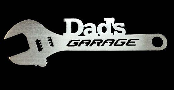 Garage de papa  cadeau personnalisé signe par ReflectiveEdgeDesign
