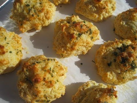 Red Lobster CHEDDAR CHEESE BISCUITS - How to make MIMIC RED LOBSTER CHEDDAR CHEESE BISCUIT Recipe - YouTube