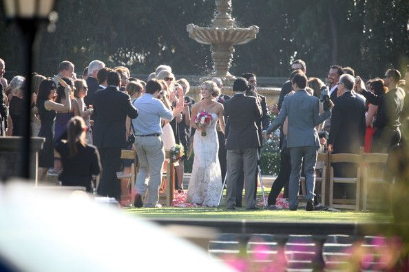 Jessica Alba Photos Photos - Actress Jessica Alba and hubby Cash Warren attend a friends wedding at Greystone Mansion in Beverly Hills, CA.  Cash stood as Best Man and Jessica was a bridesmaid.  Jessica got choked up after the ceremony... Non-EXCLUSIVE photos by SC/GJC/Flynet  - Jessica Alba and Cash Warren Attend Pals Wedding