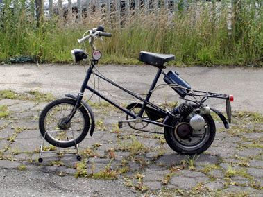 Clark ScampClark MopedThis rare 49cc moped was made on the Isle of Wight.