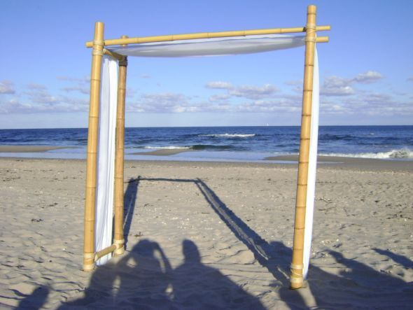 Bamboo Wedding Arch For Beach Ceremony A Good Basis Plan If I Need To Make