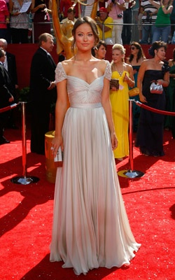 #Olivia Wilde in a silk chiffon gown Reem Acra with #jewelled cuffs at the #Emmys 2008