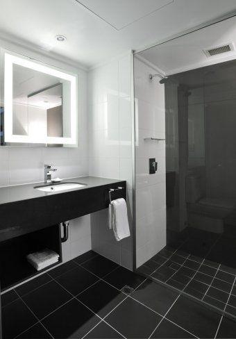 LED Mirror 800 x 800 Accor Collins Novotel Melbourne