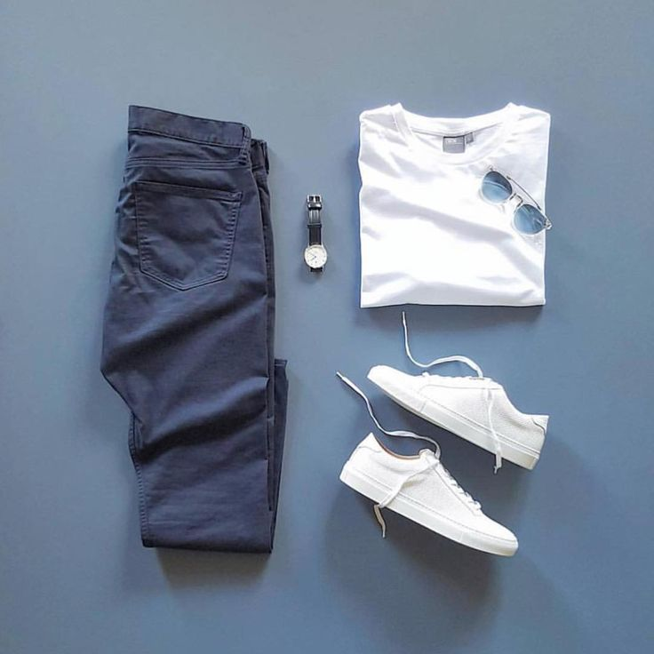 """2,711 Likes, 5 Comments - D A D T H R E A D s ® (@dadthreads) on Instagram: """"Short sleeves and a cool breeze ✌🏽✌🏽 #menswear #flygrids #flatlay 📸 @hunter_vought"""""""