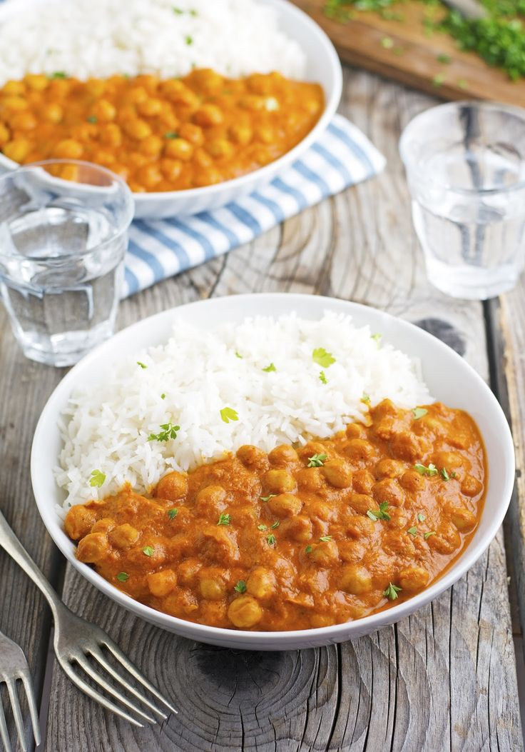 Easy Indian Butter Chickpeas