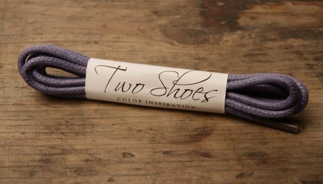Světle fialové tkaničky