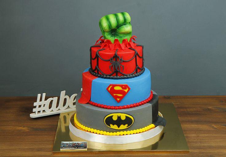 """Детский торт """"Супер-герой""""  Выбрать любимого супер-героя так сложно, ведь каждый из них силён, смел и спасает планету💪 А чтобы облегчить выбор ребенку можно заказать торт, в котором совмещены логотипы нескольких из них, ведь они одна команда🙏  Изготовление торта как на фото возможно от 3-х кг всего за 2350₽/кг.  Специалисты #Абелло готовы помочь с выбором красивого и качественного десерта по любому поводу по единому номеру: +7(495)565-3838 Телефон/WhatsApp/Viber. Наш сайт с примерами работ…"""