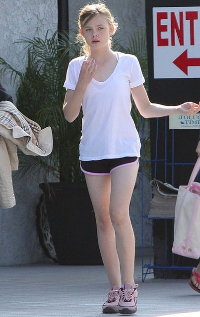ELLE FANNING   SHORTS | elle-fanning-short-shorts (5) | Flickr - Photo Sharing!
