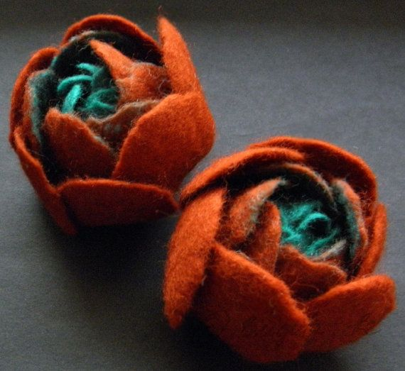 Set Of Two Small Felt Ranunculus Flower Brooches Rust Brown and Aqua Turquoise - Brigite Re