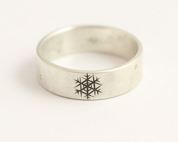 Diamond Engagement Ring or Wedding Band Wedding Ring with Snowflakes in White Gold