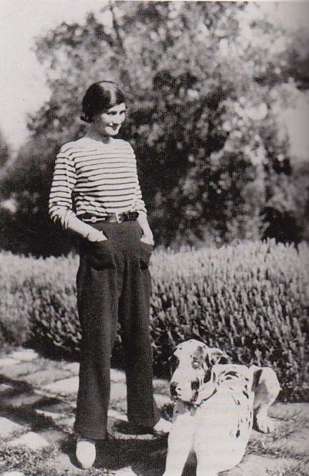 374 best COCO CHANEL images on Pinterest | Coco chanel, Vintage ...