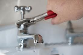 Do you want a Plumbing Services in Canoga Park, CA. Feel Free to call us: 818-344-3342. Apex Plumbing Company deal with all sort of Plubming problems in Canoga Park like Faucets Repair, leaking faucet repairs, broken faucet repair at Resonable Prices.