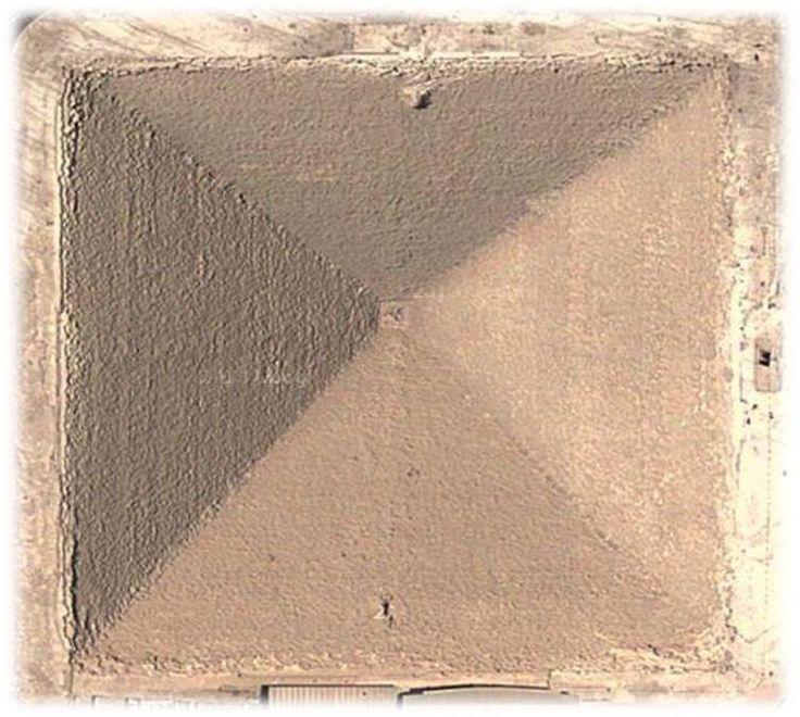 Piramida Mesir Siapa Yang Membangun Sesungguhnya?  Lingkarannews.com- Mendengar kata Piramid tentu pikiran kita langsung mengarah ke sebuah negeri nun jauh disana bernama Mesir Banyak hal yang masih meninggalkan pertanyaan dari siapa yang membuat hingga bagaimana membuat Piramida tersebut berikut sedikit kultwit yang saya buat terkait Piramida Mesir siapa yang membuat sesungguhnya  1. Ada 3 hal yg diajarkan disekolah ttg Piramida Giza :  Piramida adalah Makam Firaun  Dibangun bgs Mesir…