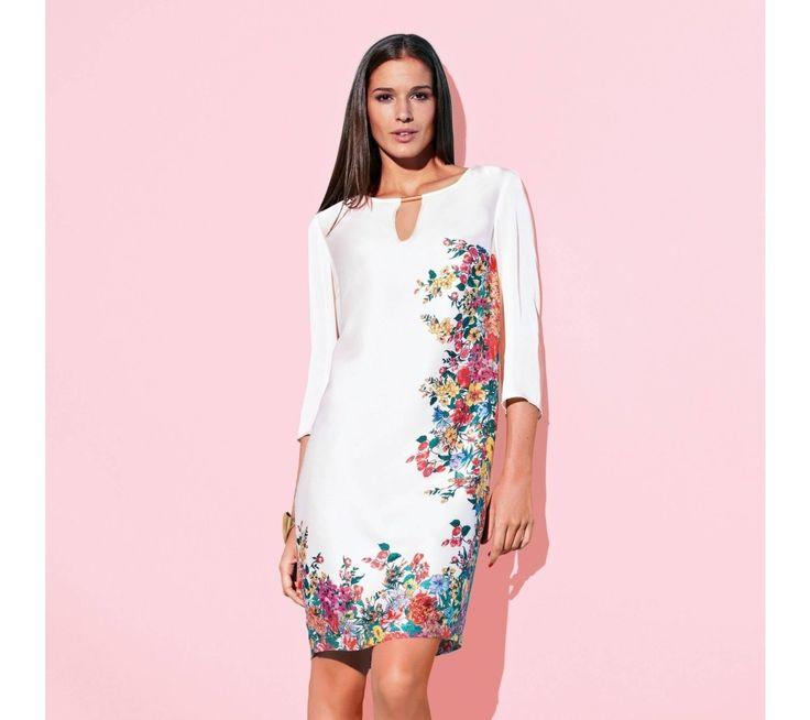 Květinové šaty s bižuterií | vyprodej-slevy.cz #vyprodejslevy #vyprodejslecycz #vyprodejslevy_cz #vyprodej #slevy