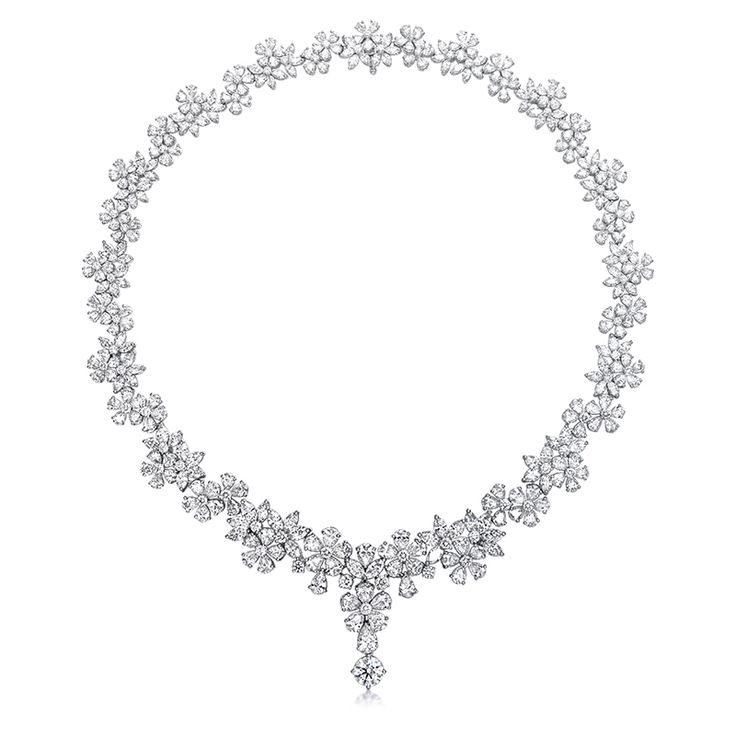 On my wedding day, I'll radiate with happiness. And this selection of jewellery…