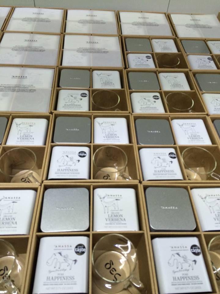 Δώρο < αρχαία ελληνική δῶρον. Τα δώρα της #Anassa ετοιμάζονται, για εσάς και για αυτούς που αγαπάτε  http://www.anassaorganics.com/doro