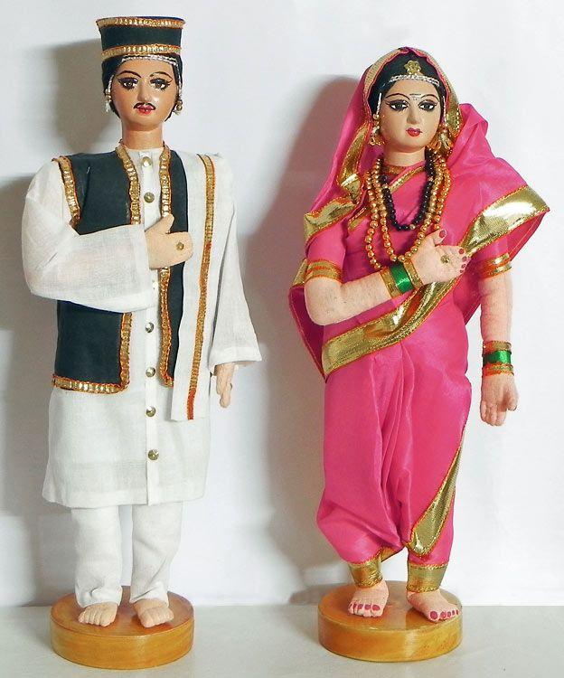 Maharashtrian Bride and Bridegroom (Cloth)