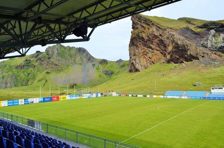 Estadio Hasteinsvollur (Islandia)