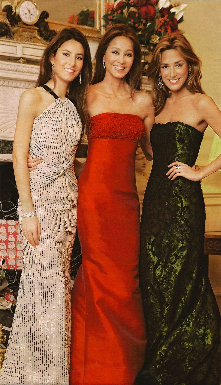 Isabel Preysler With Her Daughters Ana Boyer Youngest