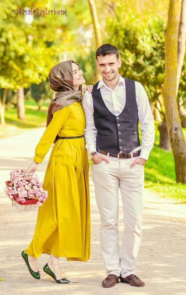 love the color of her plain dress outfit #PerfectMuslimWedding.com