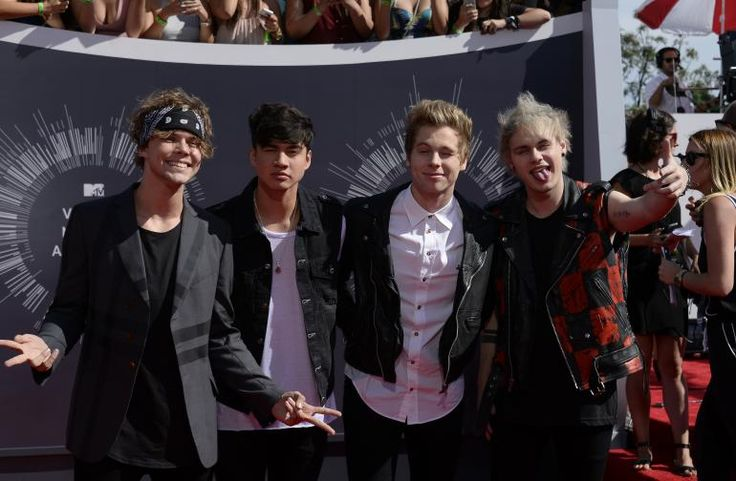 5sos dating rumors 5sos disband: fans worldwide are shocked by the growing rumors of the disbandment of their favorite band 5sos disband confirmed, luke hemmings leaving 5sos.