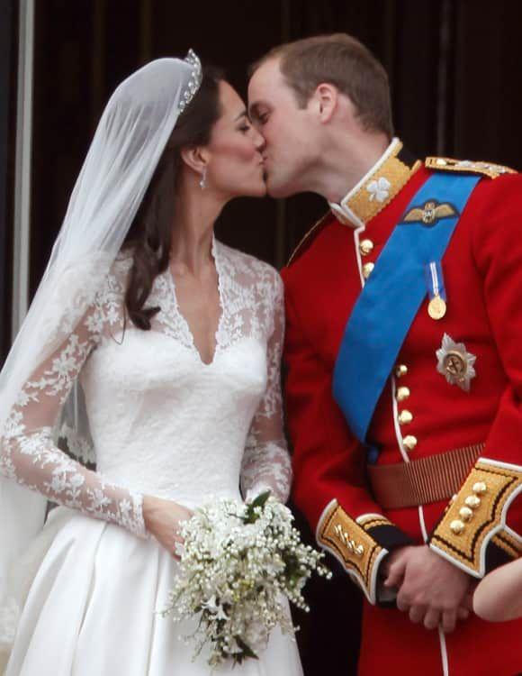 Erwischt Promis Beim Kussen Royale Hochzeiten Braut Hochzeit Prinz William