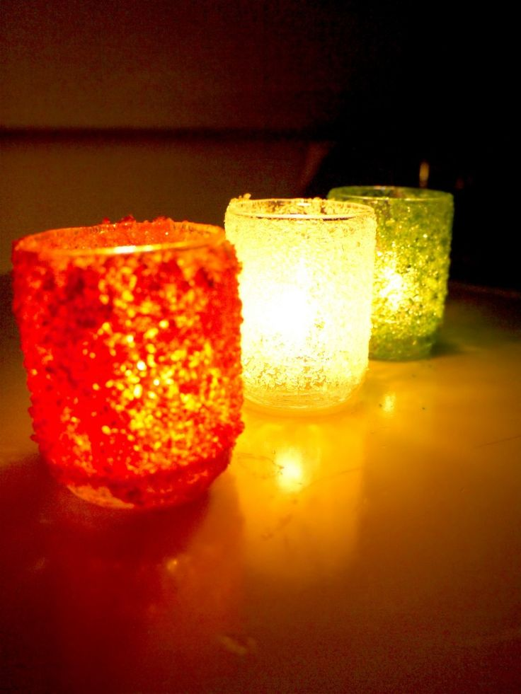 Inexpensive Christmas Craft: Frosted Candle Holders – Cost $1.25 Each!