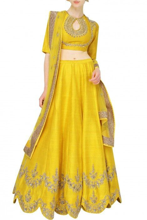 This yellow lehenga by Jayanti Reddy is the perfect mehendi outfit for any bride. #Frugal2Fab