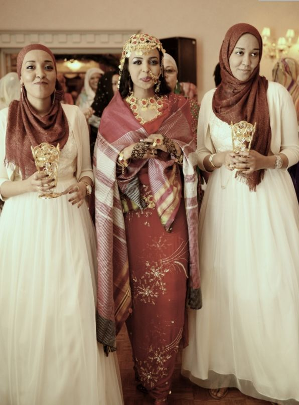 Sudanese bride and bridesmaids.