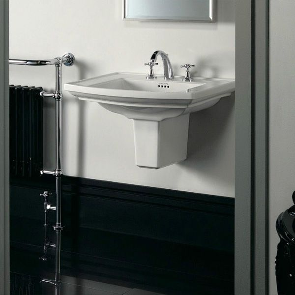Lavabo demi pied Radcliffe - IMPERIAL : http://www.ma-baignoire-balneo.com/lavabo-demi-pied-radcliffe-imperial-xml-363_427-1621.html