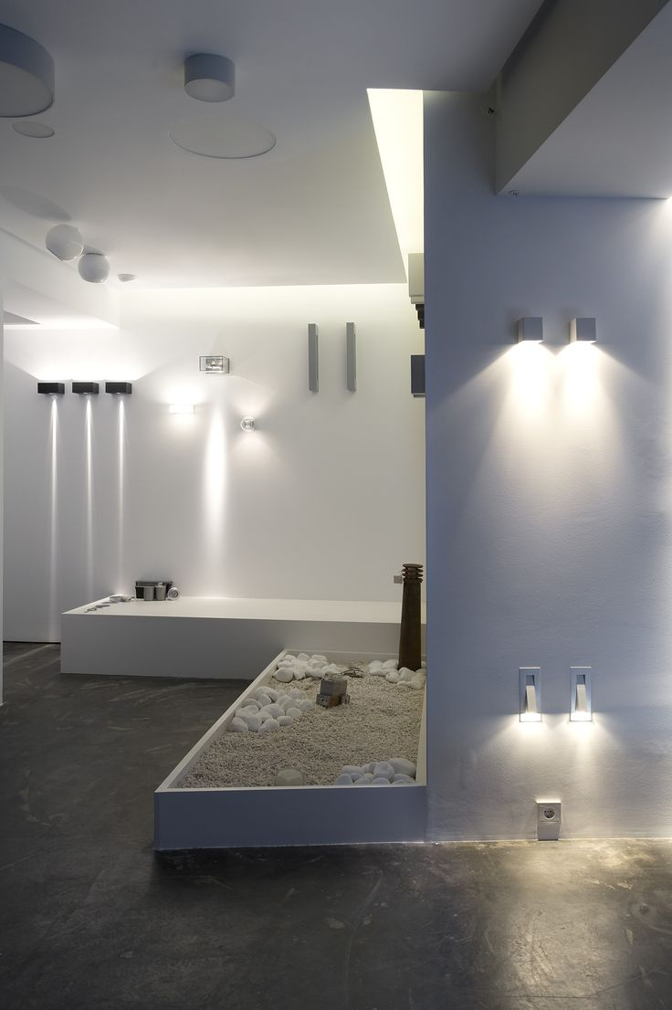HALO Architectural Lighting Showroom | eDje architects | athens Greece
