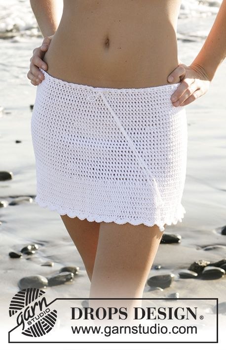 Virkad DROPS bikinitopp och DROPS  kjol i Muskat. Stl XS-XL  Gratis mönster fr…