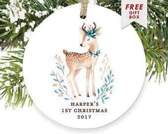 Personalisierte Babys erste Weihnachten Ornament, Hirsch-Ornament, Babys 1. 2017 Ornament Rehkitz Doe personalisierte Wald Ornament Weihnachtsgeschenk
