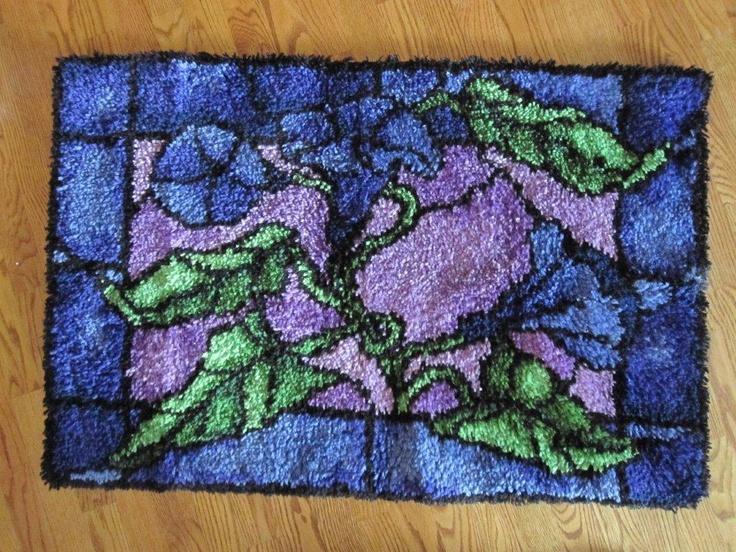 pretty latch hook rug